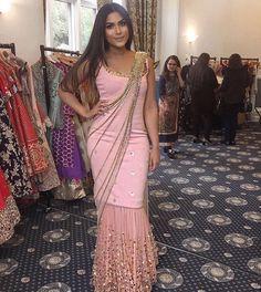 Indian Designer Boutique in UK - Lotus Atelier Stylish Sarees, Stylish Dresses, Fashion Dresses, Indian Wedding Outfits, Indian Outfits, Indian Designer Outfits, Designer Dresses, Style Indien, Saree Gown
