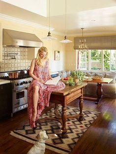 "Jennifer Morrison - PHOTOSHOOT 2013 ""50 Celebrity Rooms to Be Inspired By""  © Credit photos: Eric Piasecki Photography."