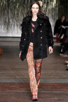 For fall 2012, Joseph Altuzarra explored a fusion of French and Moroccan style with a showcase of tailored jackets, relaxed trousers and Middle Eastern inspired prints.