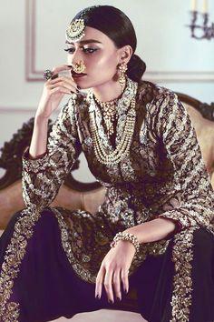 trendy indian bridal look nose rings Pakistani Couture, Indian Couture, Pakistani Dresses, Indian Dresses, Pakistani Suits, Indian Bridal Fashion, Indian Wedding Outfits, Indian Outfits, Indian Weddings