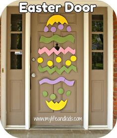 This would be so cute and super simple for a spring door display.