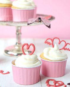 Holunder Sekt Cupcakes | elder champagne cupcakes | Rezept | recipe | Valentinstags | valentine's day | homemade | waseigenes.com