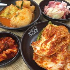 The kimchi is very nice.. Cannot recall any in SG will taste as such 赞 #Seoul by koji2305