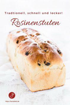 Brot Rezepte, Kuchen Rezepte: Dieses Rezept für ein leckeres Rosinenbrot ist ein altes Familienrezept. Rosinenstuten ist bei uns etwas ganz Traditionelles! #brot #bread #rezept #rosinen #backen #herzelieb