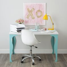 Painted just the desk legs turquoise for a unique home office look.