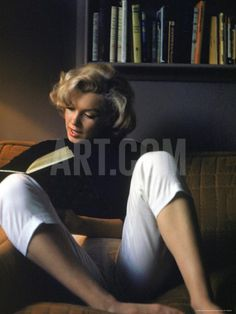 Marilyn Monroe Reading at Home Premium Photographic Print by Alfred Eisenstaedt at Art.com
