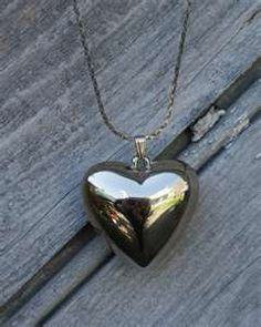 Puffy heart necklace- everyone wore one!