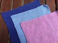 Ravelry: Strikket karklud # 1 pattern by Guðrun Jacobsen Dishcloth Knitting Patterns, Knit Dishcloth, Bindi, Washing Clothes, Diy Beauty, Pot Holders, Knitwear, Knit Crochet, Diy And Crafts