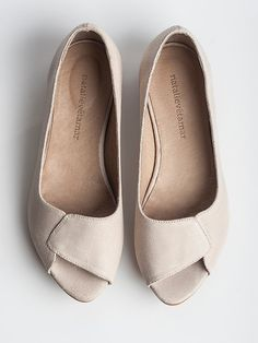SALE 35% OFF Aya peep toes in Sand color
