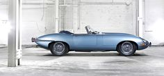 1969 Jaguar XKE Convertible - the second coolest car made by the British! Why were all cool British cars made by Jaguar? Luxury Sports Cars, Cool Sports Cars, Cool Cars, Sport Cars, Carros Jaguar, Jaguar Xjr, Jaguar E Type, Cadillac Cts V, Bmw 3 Series