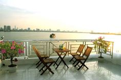 Lake View serviced apartment with big balcony for rent in Tay Ho