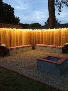 Beautiful Pretty Backyard Patio Ideas On A Budget - Backyard Landscaping Inexpensive Landscaping, Small Backyard Landscaping, Backyard Fences, Backyard Ideas, Landscaping Ideas, Patio Ideas, Garden Ideas, Small Patio, Fence Ideas