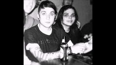 just some pictures that totally prove frerard was real, we all shipped it don't deny it yolo my frendz [frerard was real and you all know it and shipped it] Gerard And Frank, Gerard Way, Mcr Memes, Band Memes, Emo Bands, Music Bands, I Love Mcr, Mikey Way, Indie