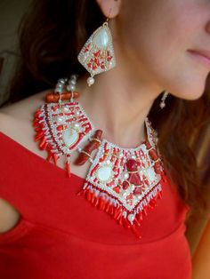 """Necklace & Earrings Set """"Coral Reef""""."""