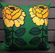 Maalaisruusu pillow cushion case, RARE color, handmade from Marimekko designer fabric, Finland green yellow Cushion Covers, Pillow Covers, Marimekko Fabric, Elephant Pillow, Cotton Pillow, Accent Colors, Fabric Design, Cushions, Throw Pillows