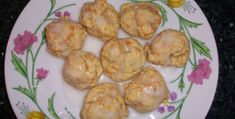 Zimbabwe Cookies INGREDIENTS Cookies cup butter cup sugar 1 egg 2 cups flour 1 tsp baking powder tsp baking soda tsp salt 1 cup finely grated raw sweet potato 1 tbsp lemon z. Raw Sweet Potato, Sweet Potato Cookies, Sweet Potato Bread, Zimbabwe Food, Zimbabwe Recipes, Thinking Day, Cookies Ingredients, International Recipes, International Festival