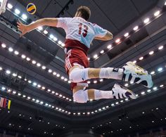 Post-Match - Venezuela-Poland - Men's World Cup 2015 Mens World Cup, Volleyball Photos, Ski Jumping, Cool Pictures, Basketball Court, Humor, Sports, Instagram, Haikyuu