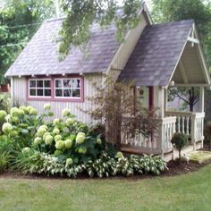 I want to do this to my potting shed  ...I like the neatness around it.