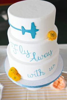 Travel themed wedding cake...for Brandi's wedding shower? @Marianne Burchard Design Adams @Holly Elkins Elkins Adams