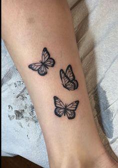 Cute Hand Tattoos, Dainty Tattoos, Pretty Tattoos, Mini Tattoos, Finger Tattoos, Cool Tattoos, Tatoos, Butterfly Hand Tattoo, Butterfly Tattoos For Women