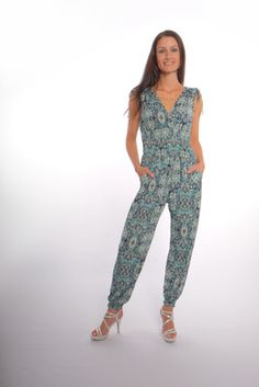 Your fashion and income dreams will become a reality in Planer, How To Become, Jumpsuit, Shopping, Dresses, Overalls, Vestidos, Jumpsuits, Catsuit