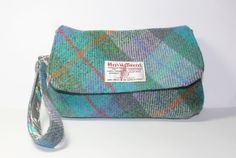 Harris Tweed purse wristlet clutch large by Enchantingcrafts