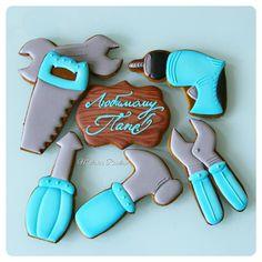 Хотела сделать подобные на 23 февраля- не успела. Рада наверстать упущенное, спасибо @alfiya1981 Листайте, чтоб увидеть размер и упаковку. #royalicingcookies #gingerbread #decoratedcookies#пряник #пряники #имбирноепеченье #имбирныепряники #пряникалматы #пряникиалматы #пряникимужчине #мужчинеМР