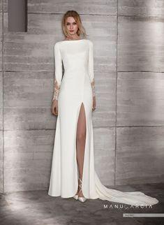 Wedding Dress Mermaid Lace, Dream Wedding Dresses, Bridal Dresses, Wedding Gowns, Boat Neck Wedding Dress, Backless Wedding, Civil Wedding, Bridal Fashion Week, Long Sleeve Wedding