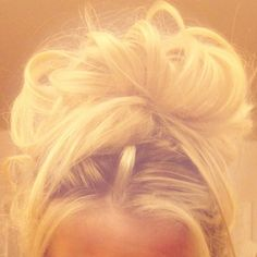 like this messy little bun, i appreciate it so much more now that i can't do it after my accident & brain injury :(