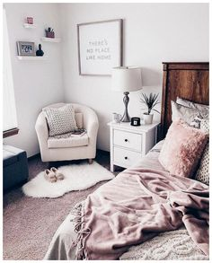 51 Beautiful Teenage Girls Bedroom Designs #roomideas #teenagegirlsbedroom #bedroomdesigns ~ vidur.net