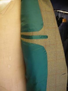 c06.jpg - coats - Gallery - The Cutter and Tailor