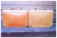 Vegetable tanned leather big briefcase bag. Custom Republic.