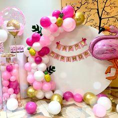 Flamingo party Flamingo Party, Cake, Desserts, Instagram, Tailgate Desserts, Deserts, Kuchen, Postres, Dessert