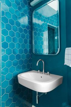 84 best bold bathroom tile images in 2019 bathtub green tiles rh pinterest com