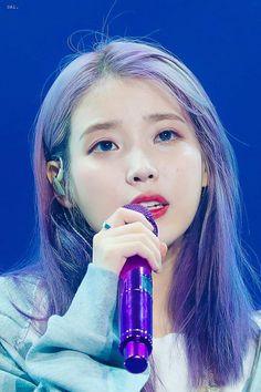 191103 IU at 'Love Poem' concert in Gwangju. Boys Republic, Korean Actresses, Her Music, Korean Women, Korean Beauty, Korean Singer, Debut Album, Kpop Girls, Girl Group
