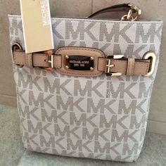 NEW Michael Kors MK Signature PVC Hamilton Large Crossbody Shoulder Bag Vanilla