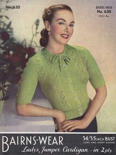 Vintage Shorts, Vintage Outfits, 1940s Fashion, Vintage Knitting, Knits, Vintage Ladies, Knitwear, Knit Crochet, Knitting Patterns