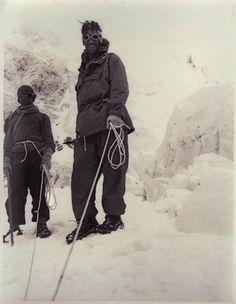 60 Aniversario de la primera ascensión al Everest: http://www.guiarte.com/noticias/la-conquista-del-everest-2013.html