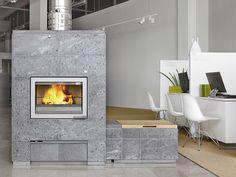 Tulikivi soapstone fireplace! Soapstone, Fireplaces, Building A House, House Plans, Pizza Ovens, Farmhouse Ideas, Foyers, Stoves, Studios
