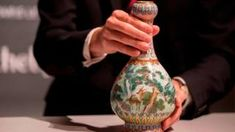 8 Calm Clever Hacks: Vases Art For Kids vases plant decor.Paper Vases Tin Cans. Vase Arrangements, Vase Centerpieces, Vases Decor, Porcelain Vase, Ceramic Vase, Fine Porcelain, Pots, Vintage Sweets, Old Vases