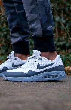 NIKE Air Max #sneakers