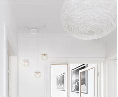 Bringen Sie Ihr Zuhause zum Strahlen: Die weiße Pendelleuchte Cannonball Acorn mit silbernen Details sowie weitere Leuchten von VITA COPENHAGEN sind jetzt auf >> WestwingNow erhältlich. Glas Pendelleuchte Cannonball Acorn