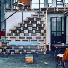 #pallet #stairs #budapest #artkraft