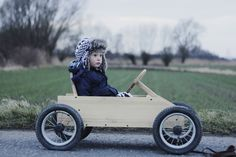 Summer Family Pictures, Diy Go Kart, Baby Bike, Soap Boxes, Power Cars, Pedal Cars, Children Toys, Baby Furniture, Wood Toys