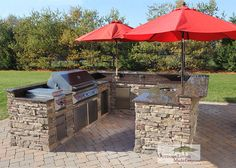 Custom Built Outdoor Kitchens - 2012 Huge U Shape Kitchen with Backsplash and built in Umbrellas. Twin Eagles Grill, doors, Drawers.