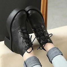 Women Round Lace Up Punk Goth High Platform Flat Oxofrd Casual Creeper Shoes | out of stock :/