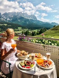 Our Stay at Hotel Kaiserblick in Summer - pilotmadeleine - Sissi Bonilla - Nature travel The Places Youll Go, Places To Go, Places To Travel, Travel Destinations, Destination Voyage, Travel Goals, Travel Trip, Adventure Travel, Cruise Travel