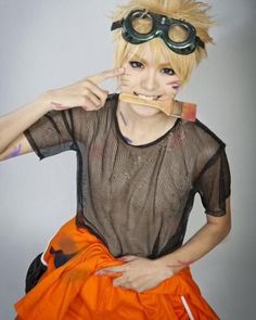 Naruto Uzumaki Cosplay<--This is so good!!!! <- I'm not really a Naruto fan but I totally agree.
