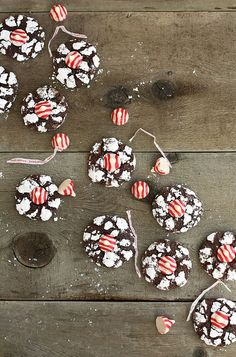 peppermint-kiss-cookies by luluthebaker,