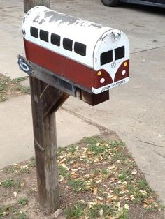 VW Microbus painted mailbox. I'm so doing this when we move to the country and have a mailbox again!